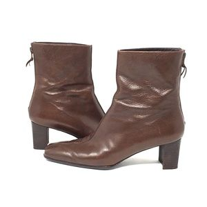 Stuart Weitzman  leather brown